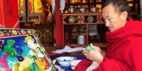那么美艳的图案 竟是酥油花雕塑而成? - 中国西藏网