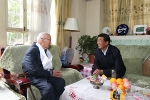 【庆祝教师节】校领导走访慰问我校教职工代表 - 西藏大学
