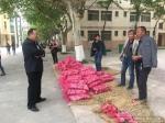 苹果滞销愁断肠  工作队帮销暖民心 - 西藏民族学院