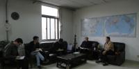 学校党委常委、副校长袁东亚到教务处指导工作 - 西藏民族学院